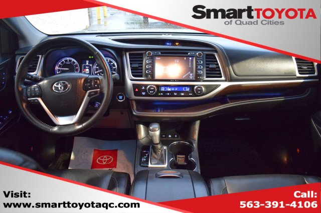 Certified Pre-Owned 2015 Toyota Highlander LTD