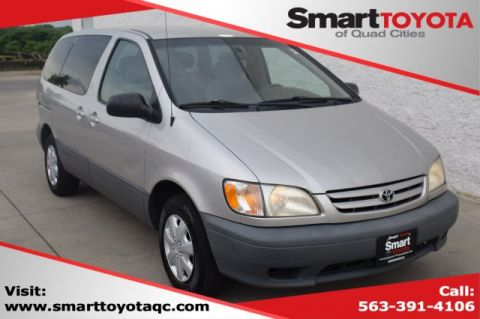 Pre-Owned 2001 Toyota Sienna CE
